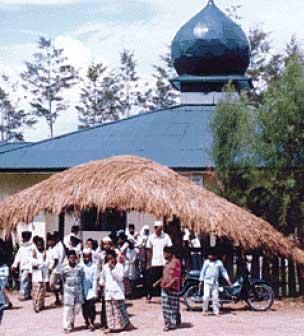 geliat-islam-di-nuwaar-belahan-timur-nusantara-by-bulan-bintang-media